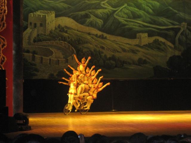 chinese-acrobat